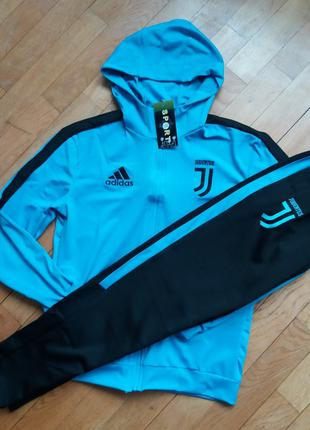 Ювентус  Спортивный тренировочный костюм (Adidas) Капюшон