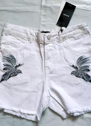 Женские джинсовые шорты,
