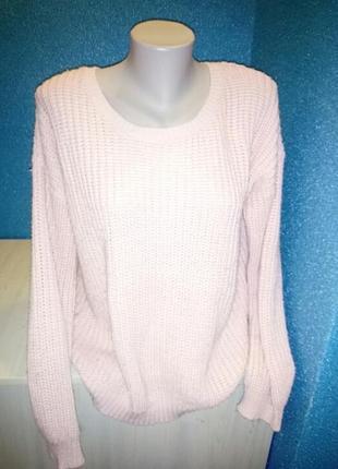Стильный пудровый актуальный женский свитер