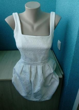 Стильное женское платье куколка