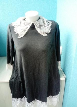 Стильное женское платье кружево