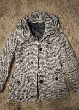Пальто женское осенее