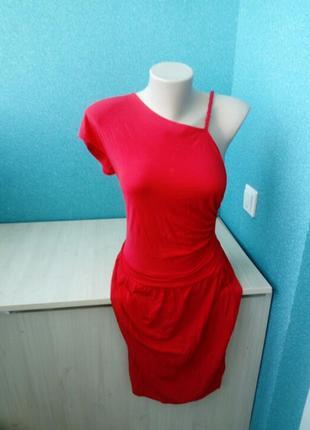 Мега крутое эффектное женское платье