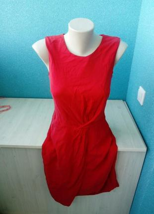 Стильное яркое женское платье