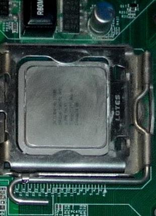 Процессор Intel Core 2 Duo E7300.