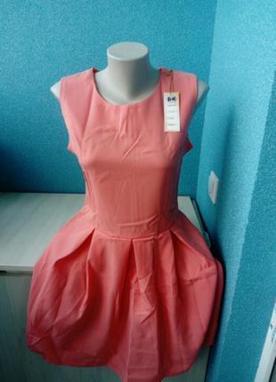 Стильное яркое женское платье куколка