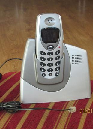 Телефонный аппарат Bekker 200 грн.