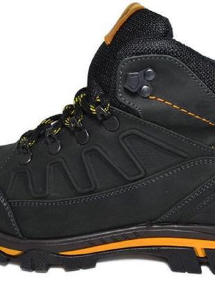 Зимние мужские кожаные ботинки натуральный мех черного цвета тепл
