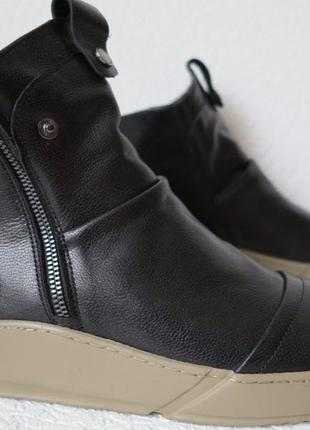 Gross стильные зимние мужские ботинки кожа модные сапоги змейка В
