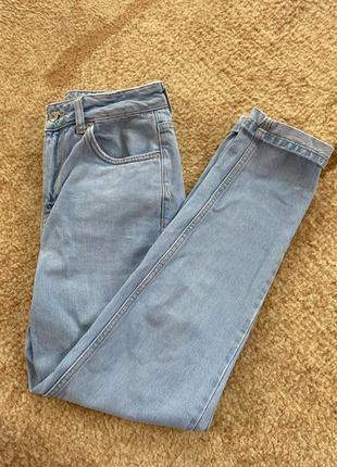 Жіночі джинси MOM