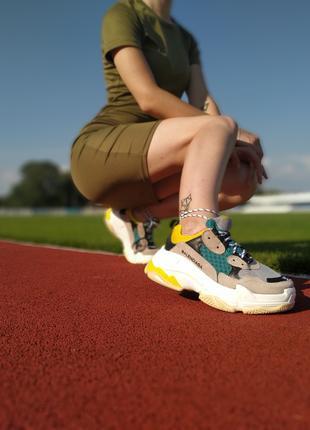 BALENCIAGA кроссовки отличные