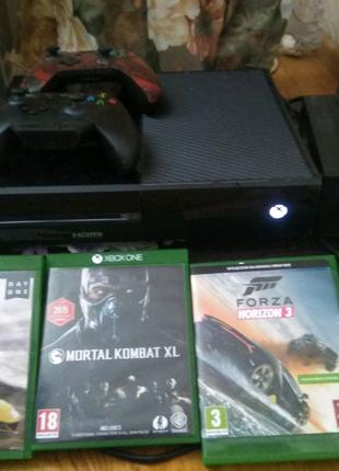 Xbox one 500gb 2геймпада +адаптер для наушников