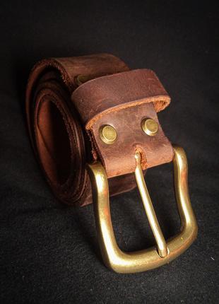 Ремень кожаный ручной работы.