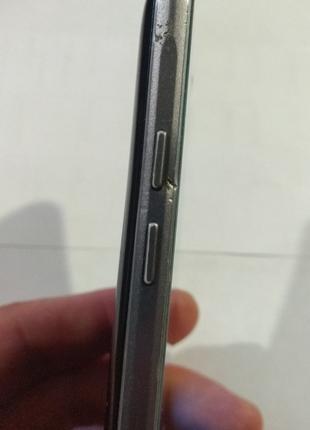 Смартфон Samsung Galaxy J5 (2016) 2/16Gb