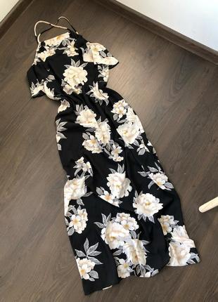 Шикарное платье макси в бельевом стиле. цветочный принт