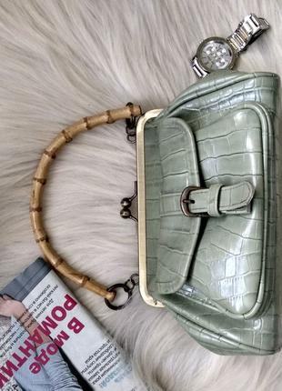 Сумочка искусственная кожа под крокодила,accessorize,зеленая