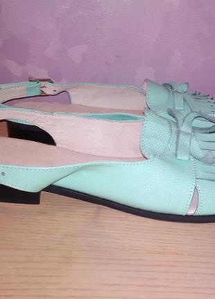 Босоножки 42 р кожа большой размер сандалии