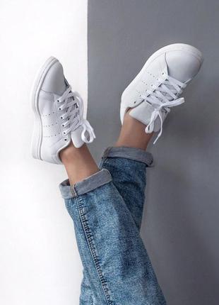 Крутые женские кроссовки adidas stan smith в белом цвете (36-40)