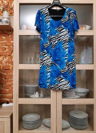 Эффектное платье большого размера италия