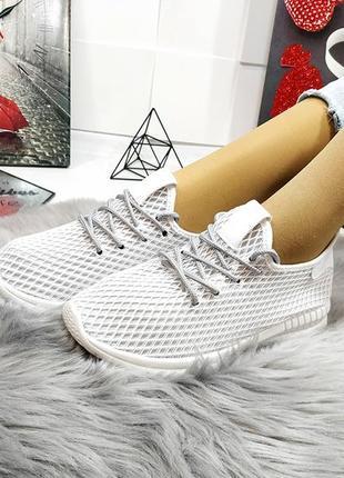 Супер стильные кроссовки по супер цене! хит 2019 года!