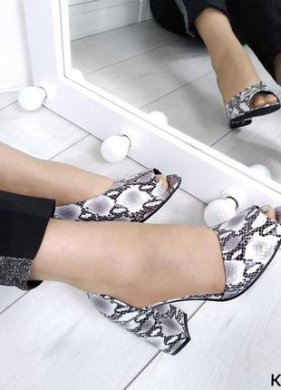 Открытые туфли - miore  материал: верх- натуральная кожа питон