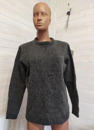 Теплый свитер charles wilson