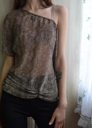 Шифоновая блузка на одно плечо звериный принт zara