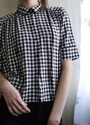 Укороченная рубашка в клетку zara с коротким рукавом и лентой
