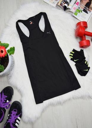 Чёрная спортивная фирменная майка в спортзал