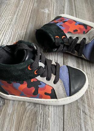 Ботинки кроссовки clarks 24g