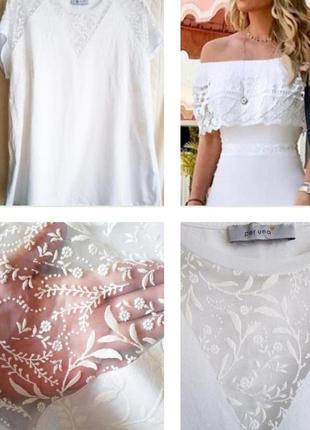 Шикарная нарядная футболка с декором белого цвета из хлопка !