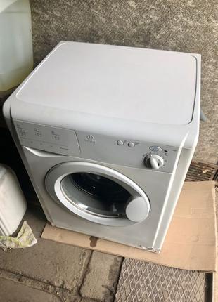 Indesit w181 пральна машина