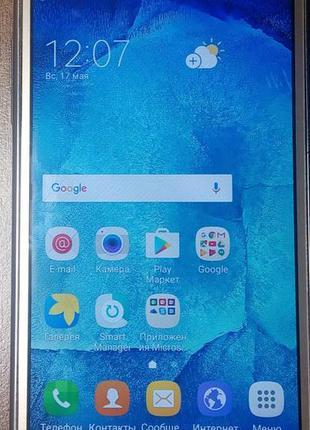 Мобильный телефон интернет Samsung Galaxy J500H