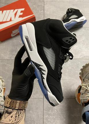Мужские кроссовки nike air jordan 5 retro black.