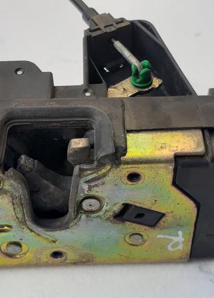 90503996 Opel замок задней двери правой (Электрический)
