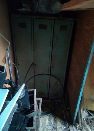 Железный шкаф для иструмента,ящик для вещей,для СТО