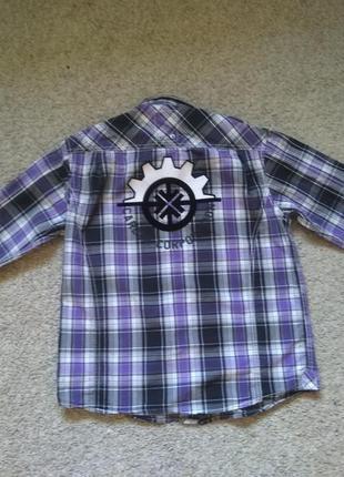 Рубашка   размер 146-152 в идеальном состоянии
