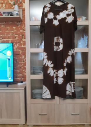 Шикарное натуральное с вышивкой платье большого размера