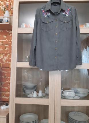 Очень стильная котоновая с вышивкой рубашка большого размера