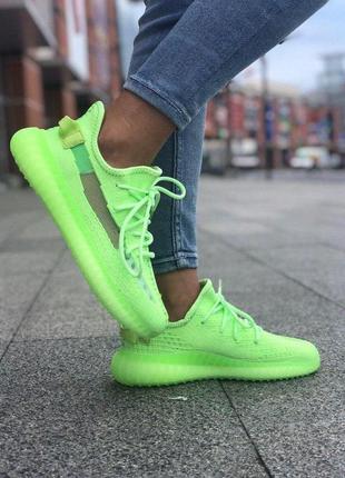 Adidas yeezy boost 350 light green женские стильные кроссовки