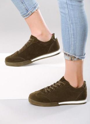 Новые шикарные женские кроссовки цвета хаки