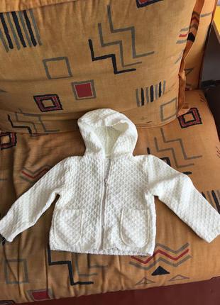 Вязанная кофта на девочку 2-4 лет