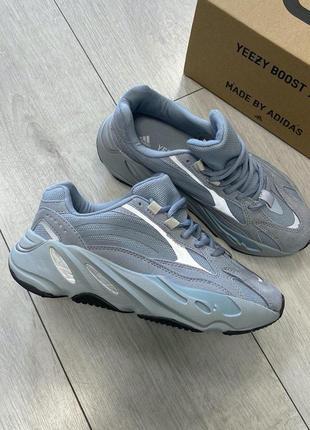 Adidas yeezy boost 700 женские стильные кроссовки