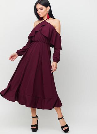 Платье миди бордовое с открытыми плечами длинный рукав