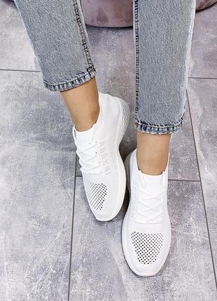 Новые белые женские летние  кроссовки