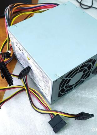 Блок живлення Logic Power ATX-400W 400 Watt 24+4 піна мамка