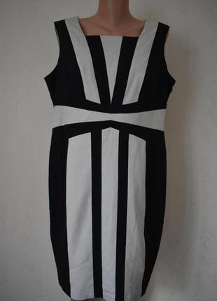 Красивое платье футляр большого размера marks & spencer