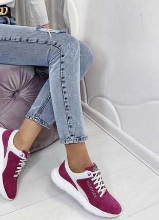 Новые женские розовые кроссовки