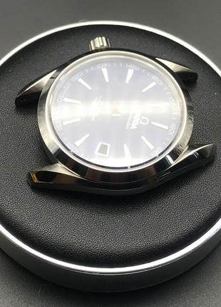 подставка подушечка часовщика с кожаной поверхностью