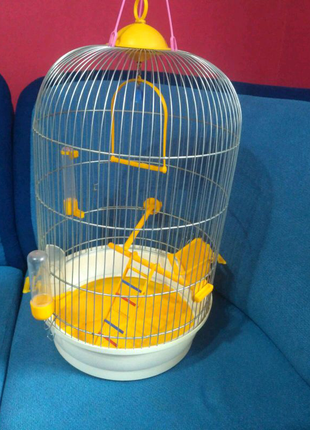 Круглая клетка для попугаев и птиц